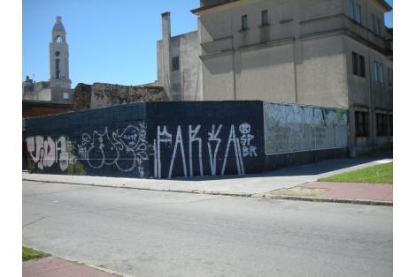 Esquina, calle Zabala y Rambla