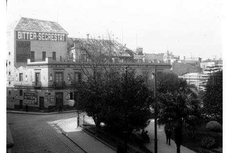 Vista de techos del Nuevo Teatro San Felipe, anterior sitio de Teatro de Comedias, demolidos para albergar al Palacio Taranco.