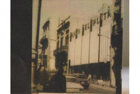Fachada original hacia calle Zabala. c. 1970