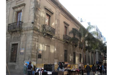 Fachada calle Sarandí