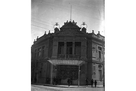 Teatro Urquiza demolido.
