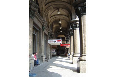Pasiva Plaza Independencia