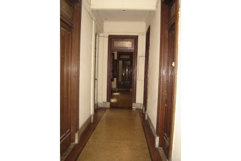 Interior, pasillos