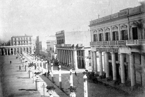 Plaza Independencia lado Norte. CDF _ pza independencia lado norte _ 40.